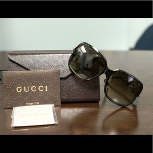 Authentic Gucci Marina Chain Sunglasses